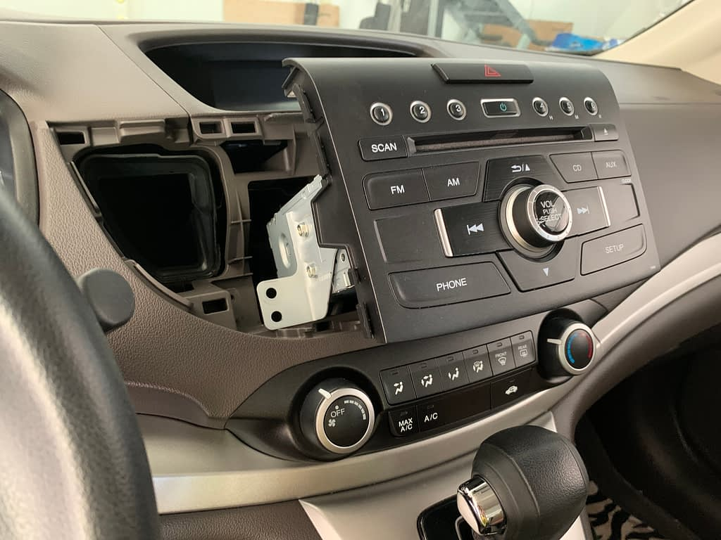 Install Sony XAV-AX5000 for 2013 Honda CR-V EX-L (No Navigation version)插图5